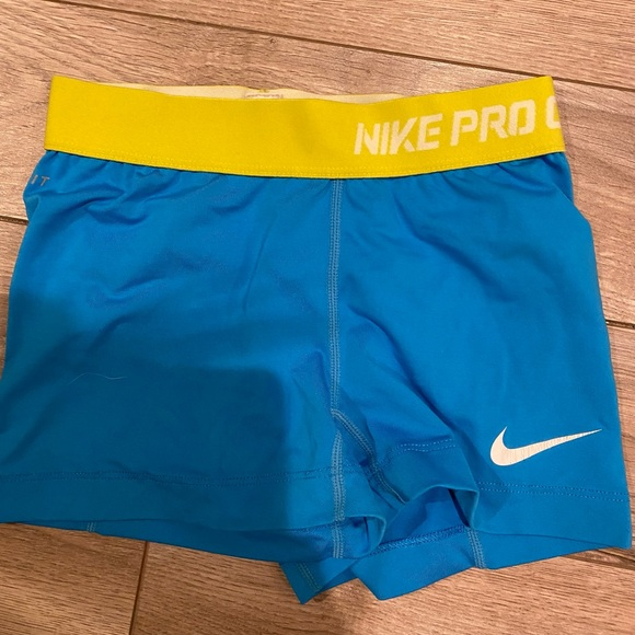 Nikes pros